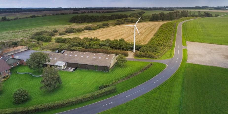 Diwatt-Eolienne-25kW-pour-entreprises